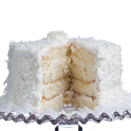 Coconut Cake With Fluffy Coconut Icing
