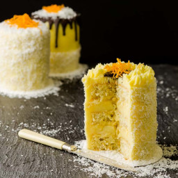 COCONUT ORANGE MINI CAKES