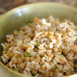 Cook Brown Rice and Lentils Together in a Rice Cooker