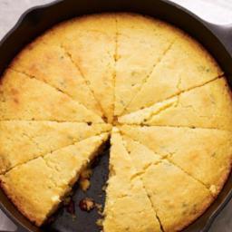 Corn bread w/ cheddar cheese/jalapeno