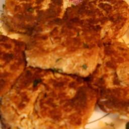 crab-cakes-with-remoulade-9.jpg
