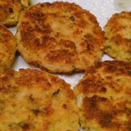 Crabless Chicken Cakes