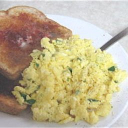 cream-cheese-and-chive-scrambled-eg-2.jpg