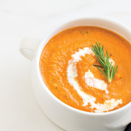 Cream of Roasted Garlic & Tomato Soup