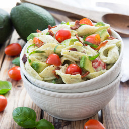 creamy-avocado-pasta-salad-b6814f.jpg