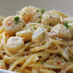 Creamy Bay Scallop Spaghetti Recipe
