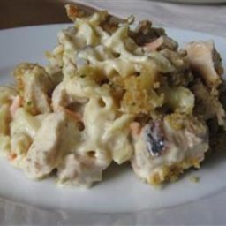 Creamy Chicken and Noodle Casserole