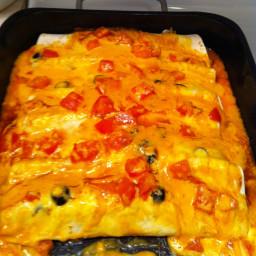 creamy-chicken-enchiladas-10.jpg