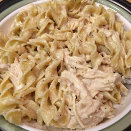 Creamy Crockpot Chicken with Pasta