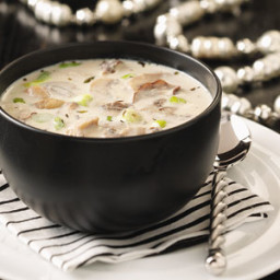 Creamy Garlic and Mushroom Soup Recipe