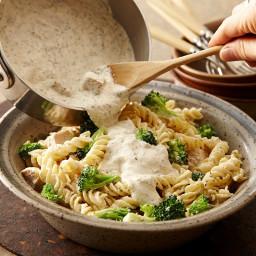 Creamy Herb Chicken Pasta