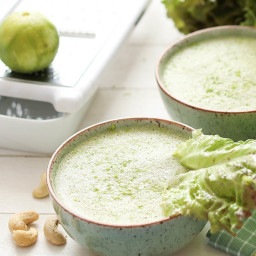 Creamy Lettuce Soup with Cashew Nut