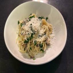 creamy-mushroom-pasta-5b633fb24ea392d26790ce00.jpg