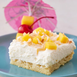 Creamy Pinã Colada Dessert Bars