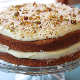 Creamy Pistachio and Coconut Pudding Cake