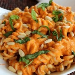 Creamy Red Pepper Sauce With Fresh Basil