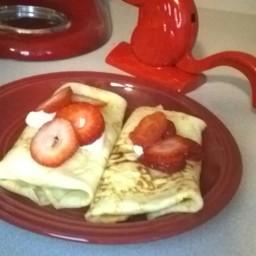 creamy-strawberry-crepes-6.jpg