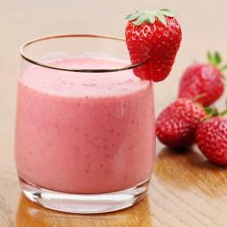 Creamy Strawberry Daiquiris