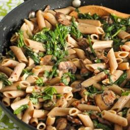 Creamy Mushroom and Spinach Pasta
