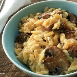 Creamy orzo with mushrooms recipe
