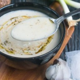 Crema de yautia (dasheen soup)
