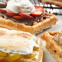 Crisp Pastry Waffles