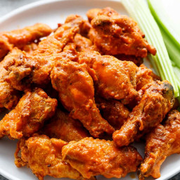 Crispy Buffalo Chicken Wings