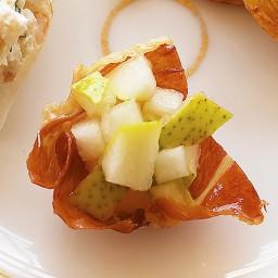 Crispy Prosciutto Cups with Pear