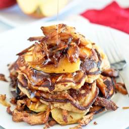 Crispy Pulled Pork and Caramelized Apples Pancake Stack