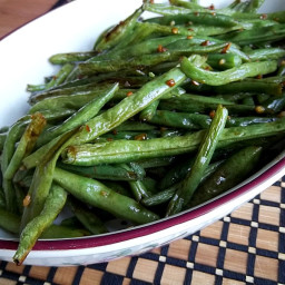 Crispy Roasted Green Beans With Spicy Lime Mayo