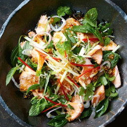 Crispy salmon and chilli caramel salad