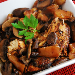 Crockpot Balsamic Chicken wth Portabello Mushrooms