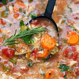 Crockpot Italian Chicken, Quinoa, and Vegetable Soup