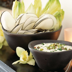 Crudités with Creamy Pistachio Dip