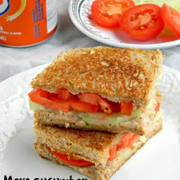 Cucumber Tomato Sandwich Recipe / Picnic Sandwich Recipe