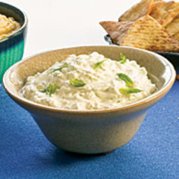 Cucumber-Yogurt Dip (Tzatziki)