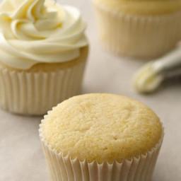 cupcake-7f364a.jpg