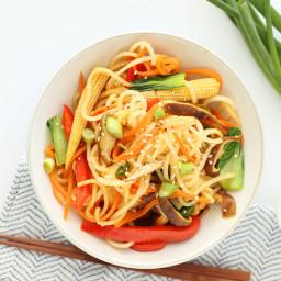 Daikon Noodle Vegetable Lo-Mein