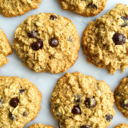 Dark Chocolate Chip Ginger Oatmeal Cookies