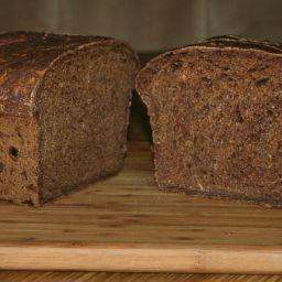 Dark Pumpernickel Onion Bread