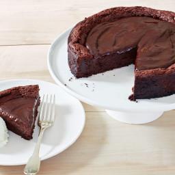 Decadent (Gluten-Free!) Chocolate Cake