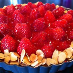 dessert-strawberry-almond-cream-tar.jpg