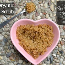 DIY Organic Cane Sugar and Honey Scrub