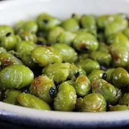 Dry Roasted Edamame With Black Sesame Seeds