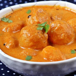 Dum aloo recipe   Restaurant style dum aloo curry recipe