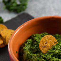 Easy 5 Minute Kale Pesto