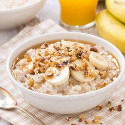 Easy and Healthy Oatmeal recipe for breakfast – Helps in Weight loss