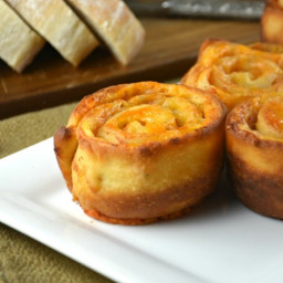 Easy Baked Ham and Cheese Pinwheels