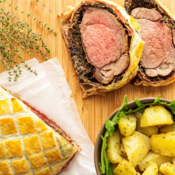Easy Beef Wellington with Mushroom and Jamón