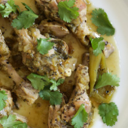 Easy Braised Chicken Drumsticks in Tomatillo Sauce (Instant Pot, Slow Cooke